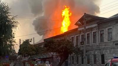 В Харькове горит жилой дом: уже двое погибших – фото