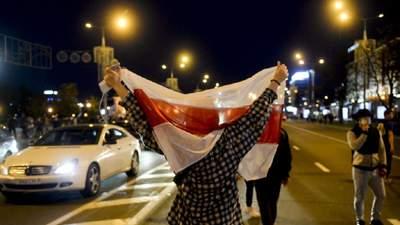 Силовики і сльозогінний газ: що відбувається у Білорусі 27 вересня – фото, відео