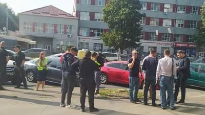 У центрі Харкова підстрелили відому підприємицю: фото та відео