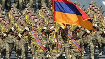 Война в Нагорном Карабахе: Армения объявила военное положение и объявила всеобщую мобилизацию