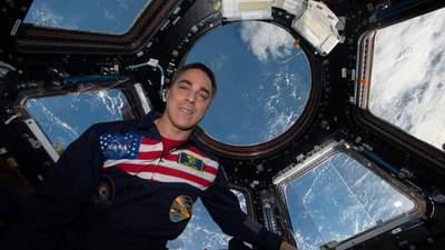 Реклама космічного масштабу: чому сироватки Estee Lauder відправили в космос і ціна проєкту
