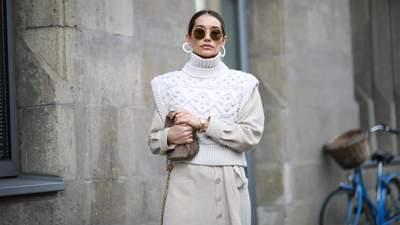 Тренд осени – трикотажный жилет: с чем его носить