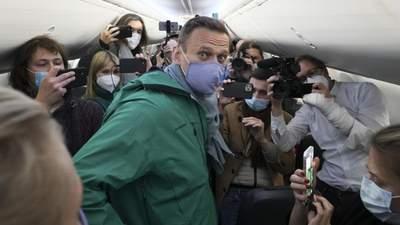 Нецікавий і нецікаві: українці кусають Навального, щоб заглушити розчарування в собі