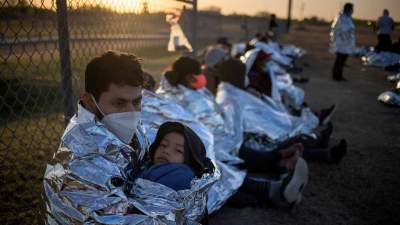 Кліматична та міграційна: чому на південному кордоні США знову криза