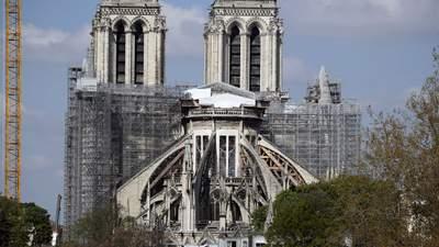 Два года пожару в Нотр-Даме: как восстанавливают собор и что мешает реставрации
