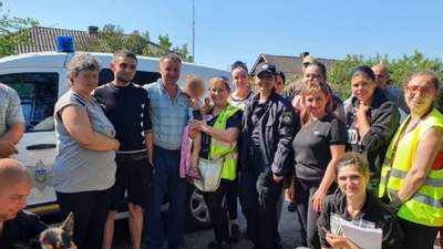 На Николаевщине более 300 человек всю ночь искали 2-летнюю девочку