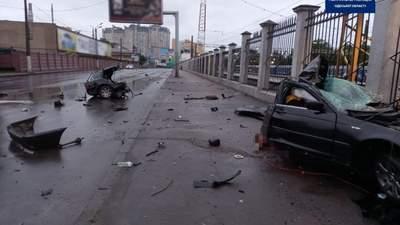 Моторошна ДТП в Одесі: машину розірвало навпіл, є загиблі – відео