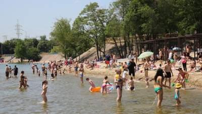 На пляже в Запорожье утонул подросток: очевидцы отказались вовремя помочь