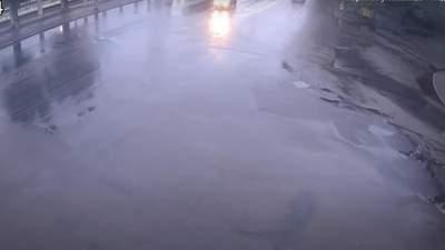 Авто разорвало пополам: в Одессе случилось ужасное смертельное ДТП – видео 18+