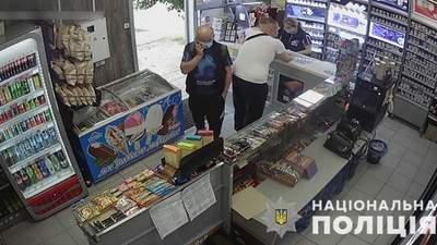 Жестоко изнасиловал и обокрал женщину: на Харьковщине задержали преступника – фото, видео