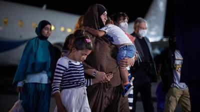 Украина своих не бросает, – у Зеленского рассказали, как спасали семью из Сирии