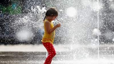 Прогноз погоды на 18 июня: на Западе будет греть палящее солнце, на Востоке – дальше дожди