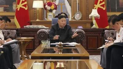 Лидер Северной Кореи публично признал, что в стране не хватает еды