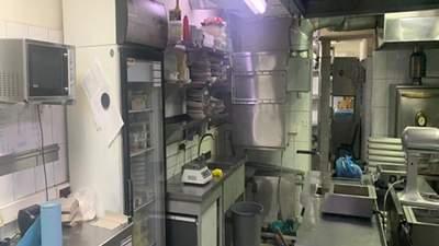 Прокуратура показала фото кухні ресторану в Харкові, де отруїлися десятки людей