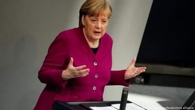 Меркель згадала про окупацію Криму Росією під час промови про напад Німеччини на СРСР