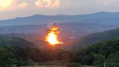У Сербії стався вибух на військовому заводі: довелось евакуювати населення