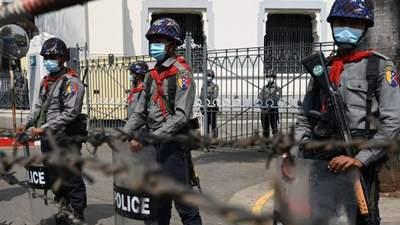 Под прицелом министры и генпрокурор: ЕС ввел еще один пакет санкций против режима Мьянмы