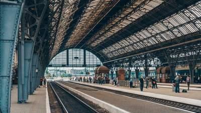 Поезд УЗ отправился раньше графика: без пассажиров, но с их вещами – что случилось