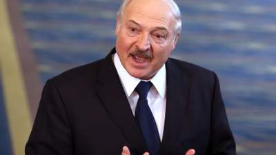 Лукашенко відмовився від частини повноважень