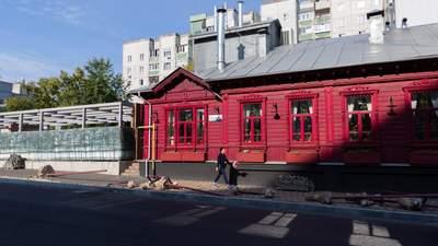 Как волонтеры спасают деревянное кружево Чернигова