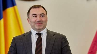 """""""Слуги"""" не вигнали з фракції голову Харківської облради, заступника якого піймали на хабарі"""
