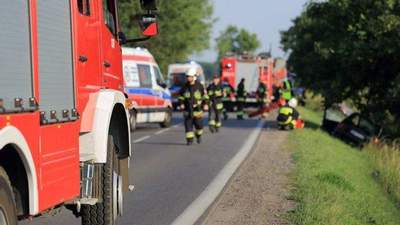 Может загреметь на 18 лет: в Польше арестовали водителя, которая влетела в автобус с украинцами