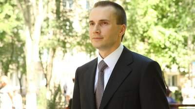 Младший Янукович пожаловался Венедиктовой на ее прокуроров