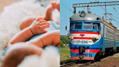На одного пассажира больше: женщина родила ребенка в поезде Киев – Ужгород