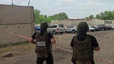 У зоні ООС під автівкою співробітника СБУ знайшли вибухівку