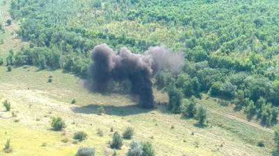 Під Миколаєвом знайшли й підірвали понад 500 снарядів з минулих війн: фото