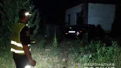 На Черниговщине юная девушка на авто влетела в дом: погибли люди
