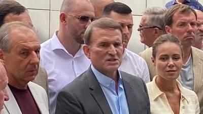 Грамотний хід, – Солонтай назвав 3 версії, чому Медведчук під домашнім арештом, а не в СІЗО