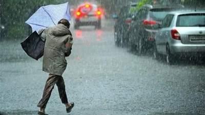 Грози, град і потужний вітер накриють Україну – синоптики оголосили штормове попередження