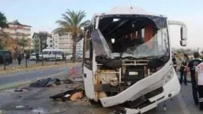 У Туреччині перекинувся автобус з російськими туристами: є загиблі й багато поранених
