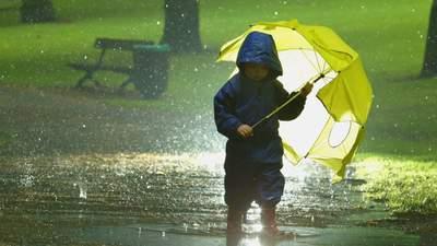 Циклон принесе дощі в Україну: які області накриє опадами