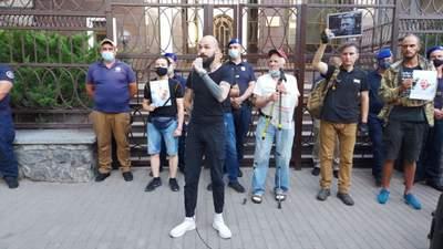Ми не страждаємо, ми вмираємо, – друг Шишова закликав Україну допомогти