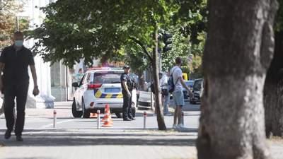 Мужчина с гранатой угрожал взорвать здание правительства: видео