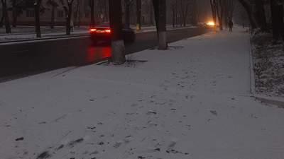 Сніг вже випав у Карпатах: в Україні може сніжити ще в жовтні