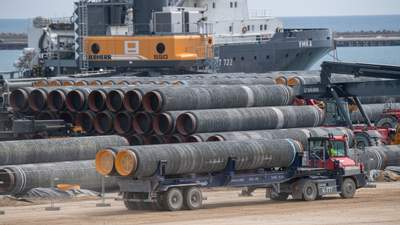 """Германия не спешит легализовать """"Северный поток-2"""": газопровод может разорвать Европу изнутри"""