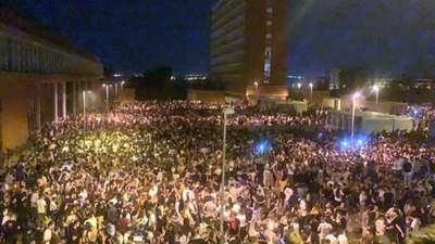 В Іспанії 25 тисяч студентів влаштували вечірку під час пандемії: шокуюче відео
