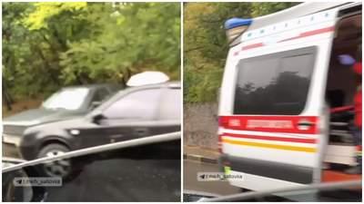 У Харкові зіткнулись 5 авто: на місце викликали швидку