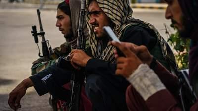 Міноборони Британії злило дані понад 250 перекладачів, які залишилися в Афганістані