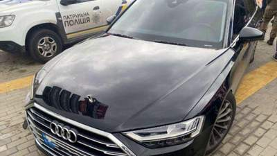 В авто Шефіра випустили понад 10 куль: поліція оголосила спецоперацію