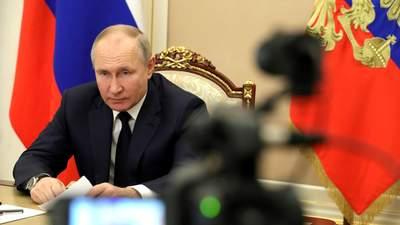 Легітимність Путіна поступово сходить нанівець