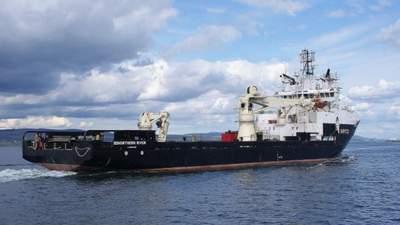 Евакуація під тиском: НАТО рятує півтисячні екіпажі затонулих кораблів