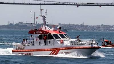 На Босфорі зіткнулися кораблі Росії й Туреччини: це другий інцидент за участю росіян за день