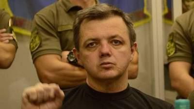 Семенченко, який голодує понад 60 діб, знепитомнів у ізоляторі СБУ