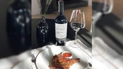 Вечеря з вином: SHABO Grande Reserve Cabernet Franc – Merlot – Saperavi й телятина на кістці