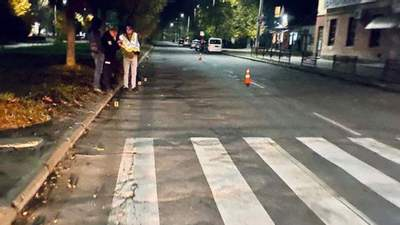 Мотоциклиста, насмерть сбившего 6-летнюю девочку в Калуше, задержали: появилось видео ДТП