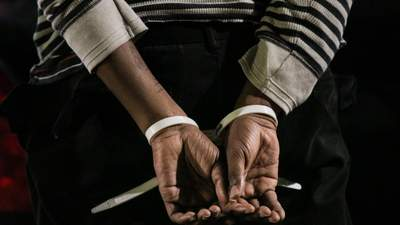 Могла працювати з бойовиками: на Луганщині затримали 58-річну жінку